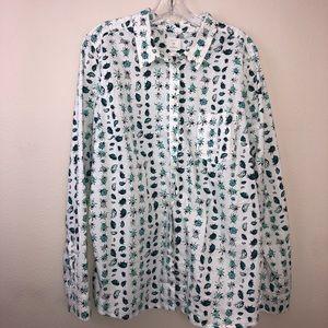 Gap boyfriend fit button down shirt